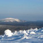 5 — 10 марта. На высшую гору Карелии Нуорунен на лыжах и снегоходах.